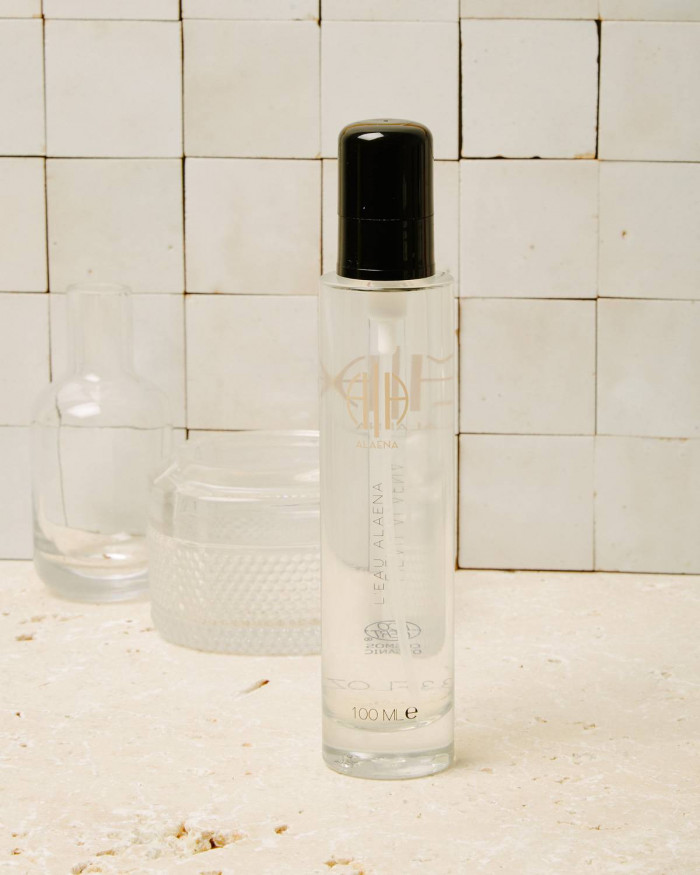 Organic and natural scented water | Alaena